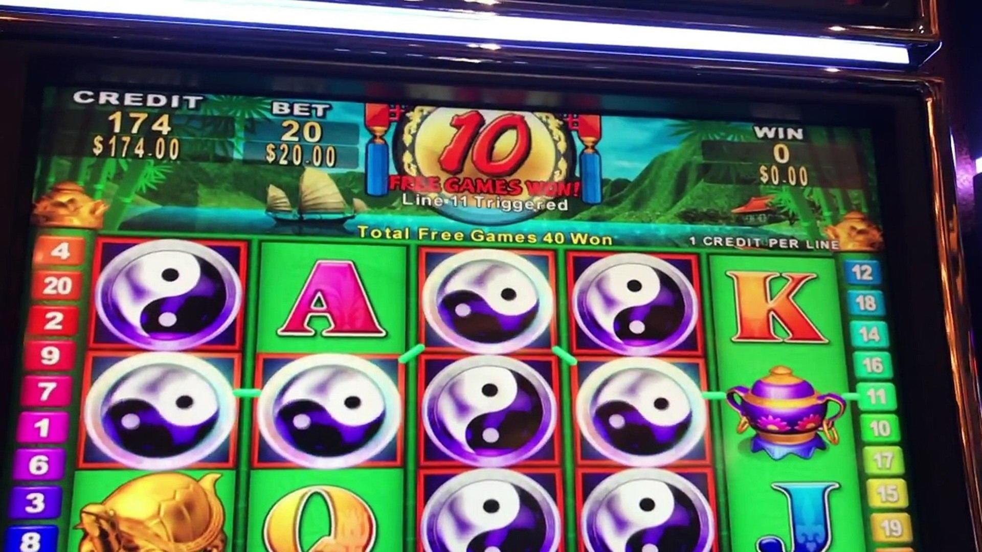 250 FREE SPINS at Genesis Casino