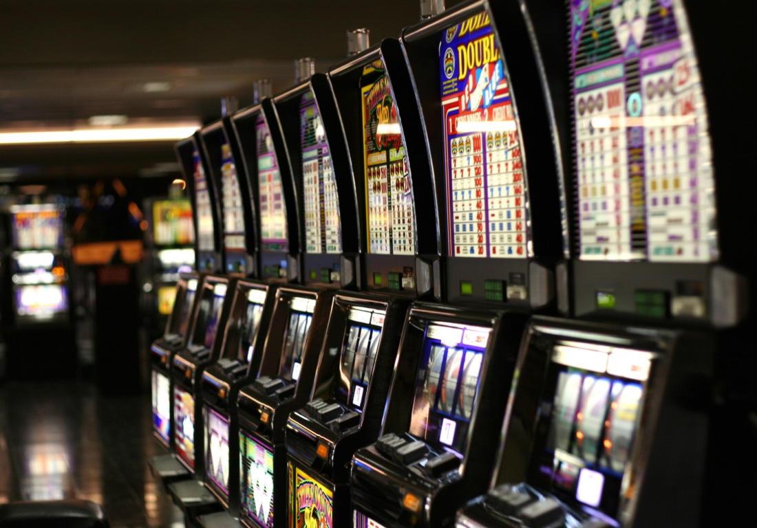 Eur 635 Casino chip at Genesis Casino